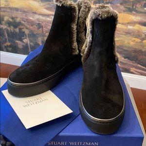 BNWT Stuart Weitzman Winter Fur-Trim Ankle Boots